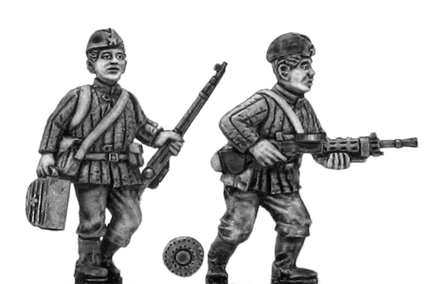 Soviet infantry LMG team in side cap